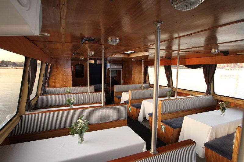 Evening cruise in Suvisaaristo archipelago for 1-65 people