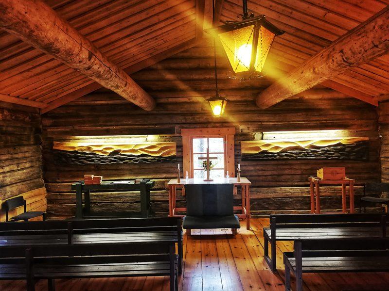 Камерный концерт и служба в маленькой деревянной часовне 6.1
