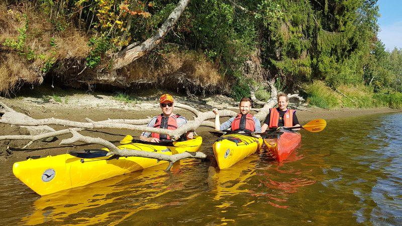 Melontaretkiä, Kayaking trips