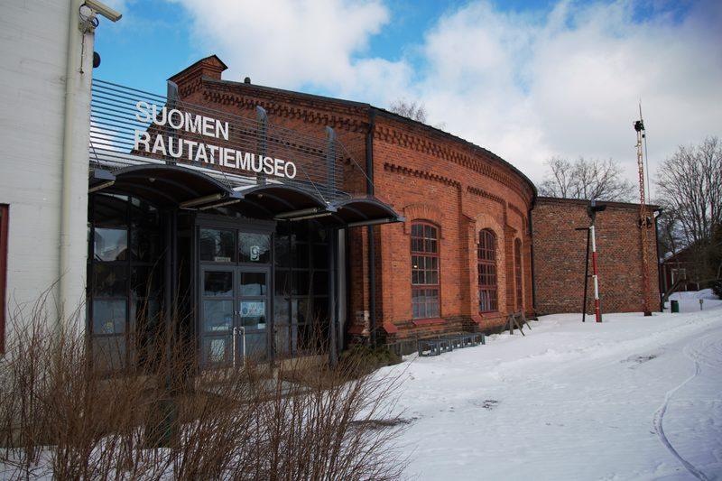 Museokortti-klubi verkossa - Virtuaaliopastus Suomen Rautatiemuseossa: Menneiden aikojen rautatiematkoilla