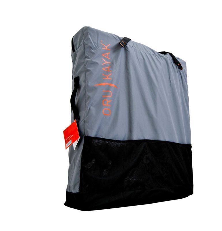Oru Pack suojaa kajakkiasi myös säilytyksen aikana
