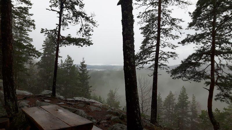 Hiking on Kammiovuori