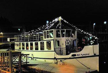 Pikkujoulut laivalla