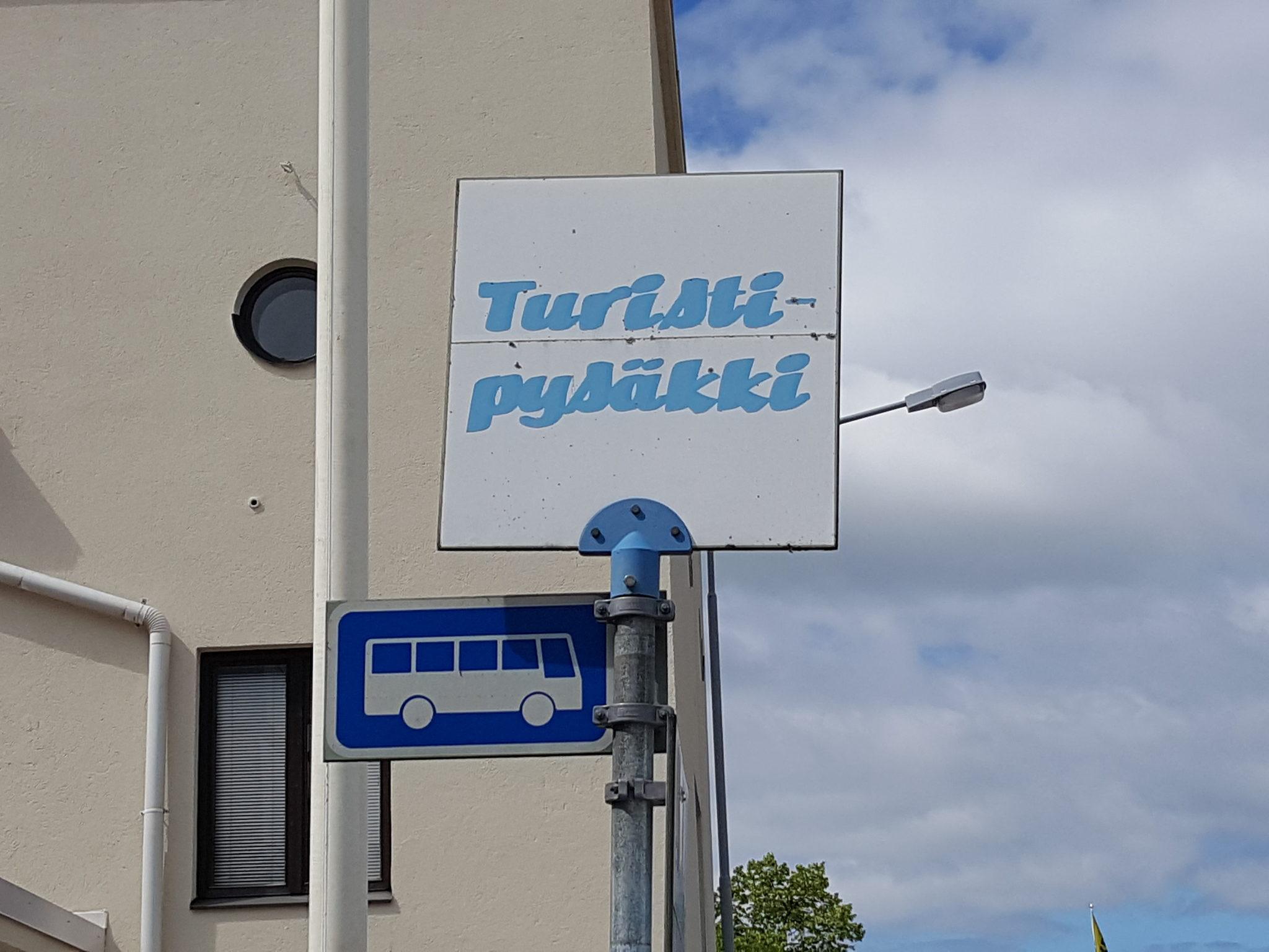 Ulrikista Ukko-Pekkaan Bussikierros Heinolan historiaan