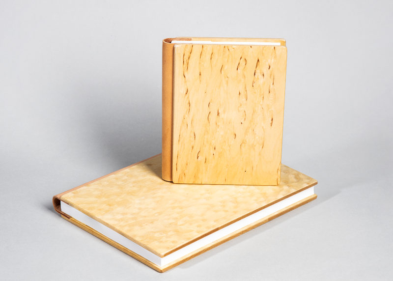 Guest book, size L (curly birch)