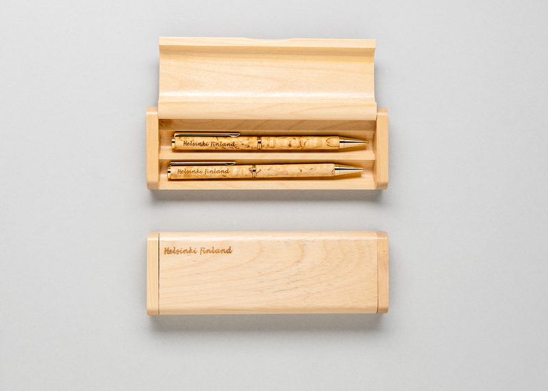 "Double pen casing ""Helsinki Finland"" (maple)"