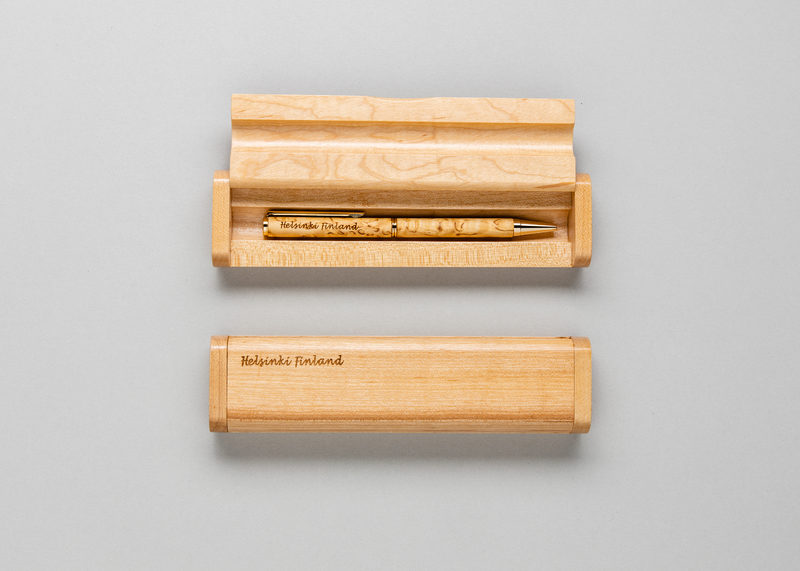 "Single pen casing ""Helsinki Finland"" (maple)"