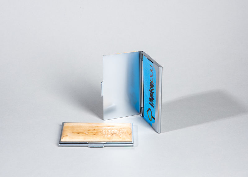 Business card holder (curly birch)