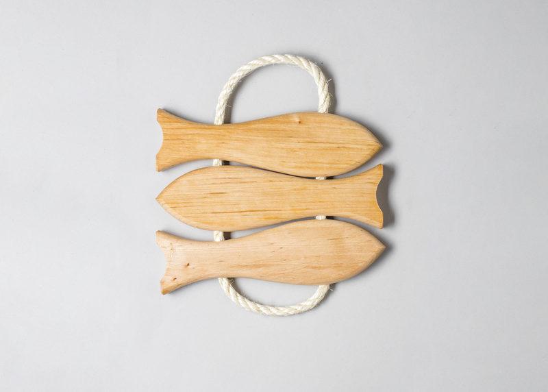 """Pot coaster """"Three fish"""" (black alder)"""