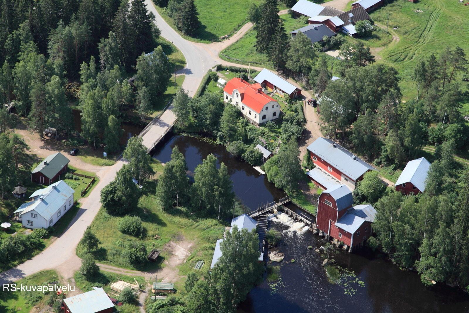 Kannuskosken kylä