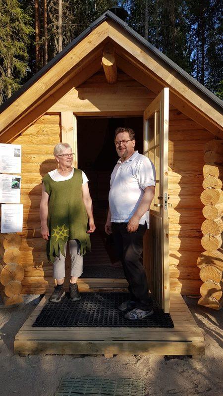 Yrittäjät Mervi ja Hannu
