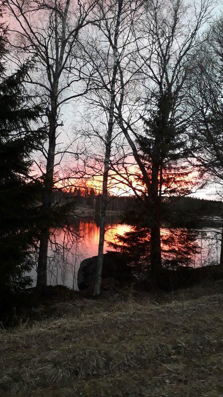 Iltaaurinko Poskijärvellä