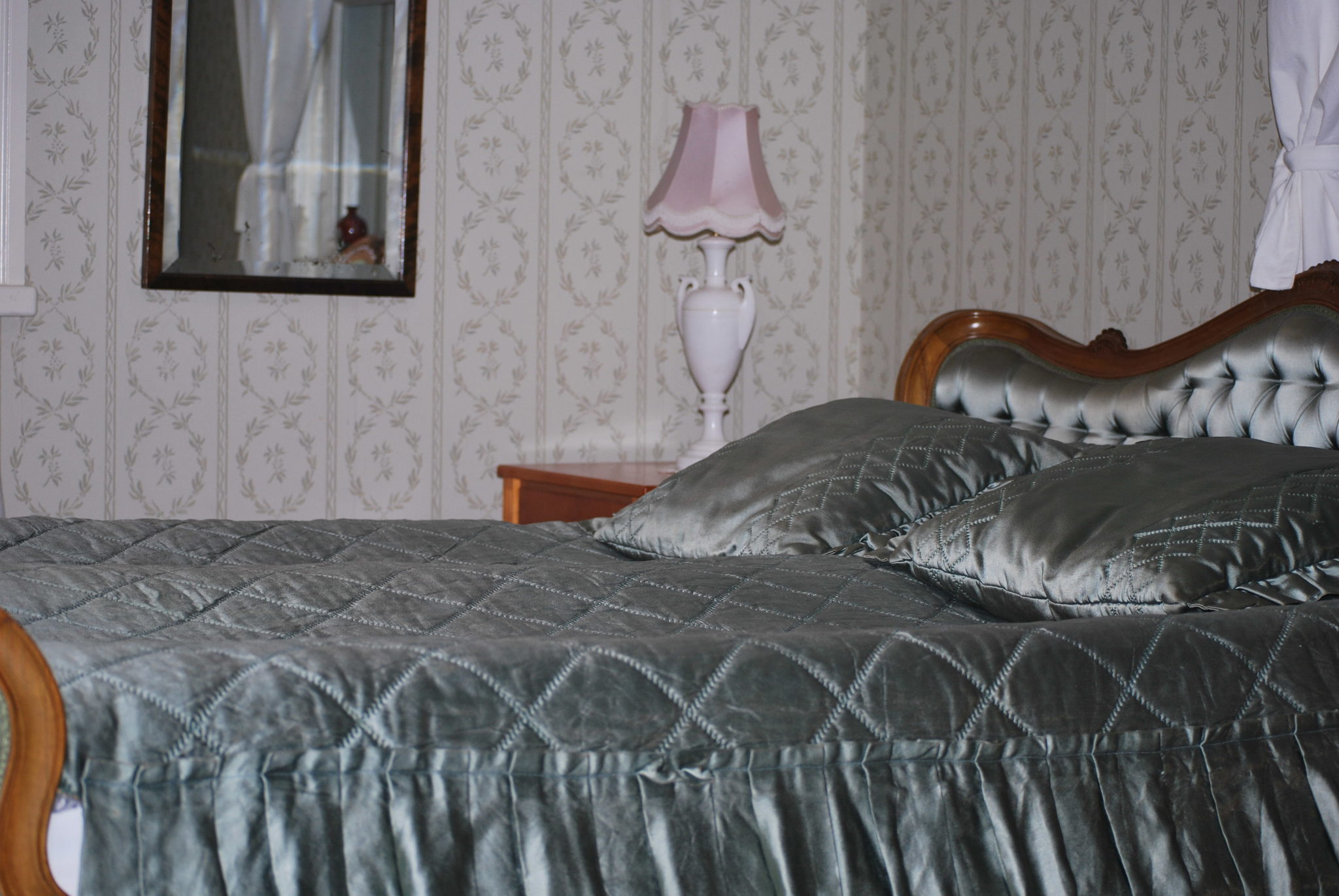 Suite, 1 bedroom, 1 livingroom with bathroom