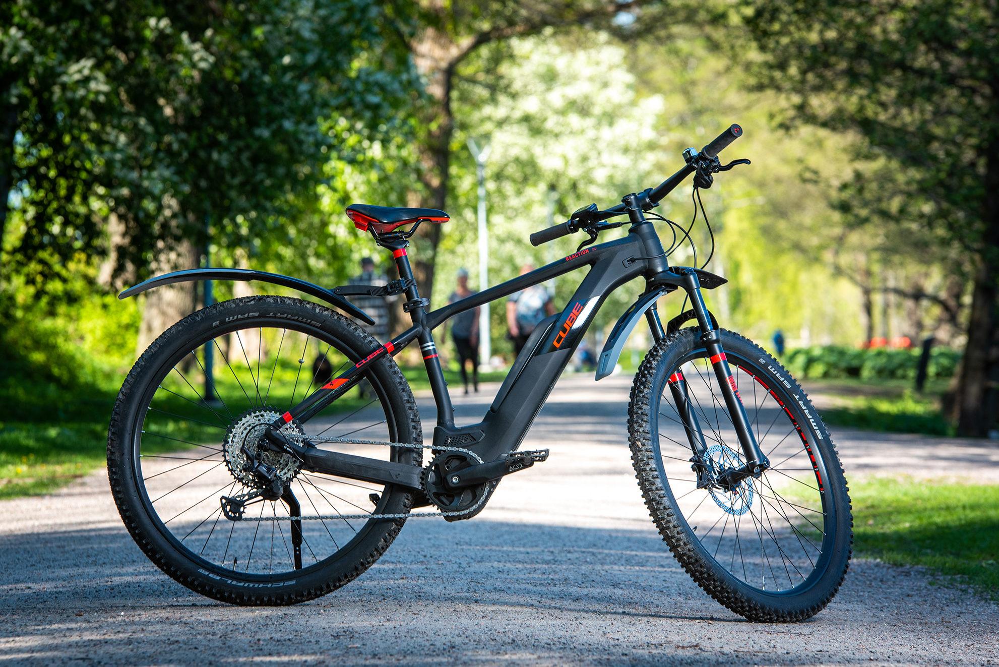 CUBE NUTRAIL 2020 -size  M-17``- Biker 165-178cm