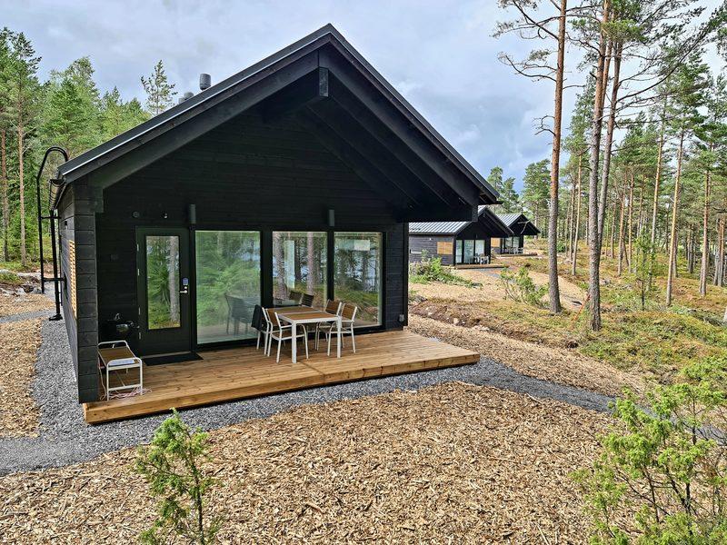 Kopparö Loma-asunto 1mh, sauna ja parvi. Merinäkoala.