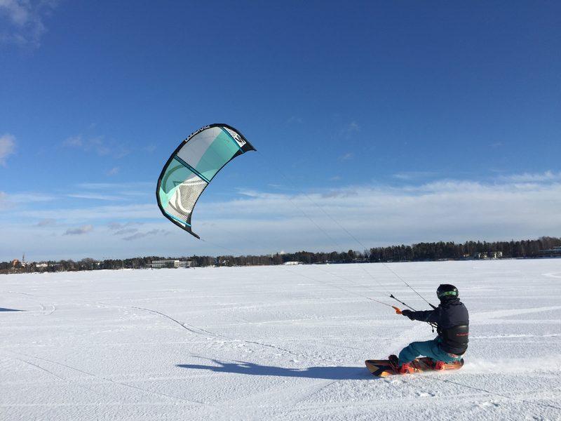 Leijalautailu - snowkite peruskurssi lahjakortti