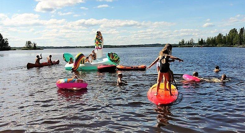 2. Rantariehat Karjalan kievarin rannalla 4.7.2021