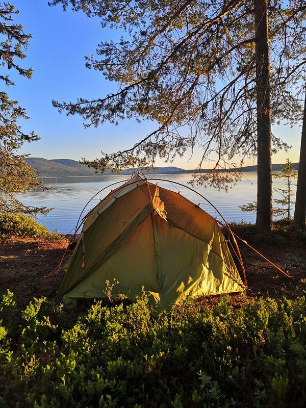 Lapland Outdoorin vuokravälineet, vuokrahinnasto sekä vuokraustiedustelu