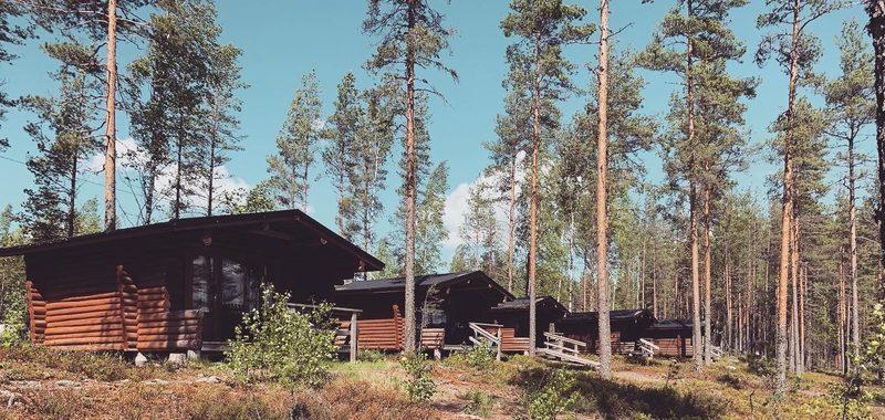 Kangasjärven leirintäalue 4 henkilön perinnemökki