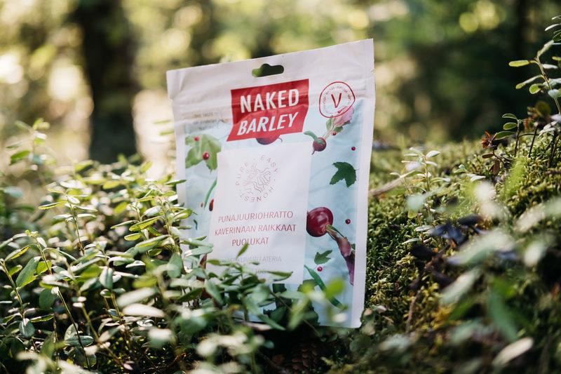 Nordic Meal Punajuuriohratto kaverinaan raikkaat puolukat -retkiruoka