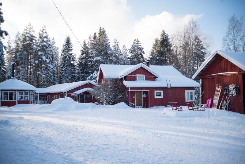 Maatilamatkailun talvimaisemaa