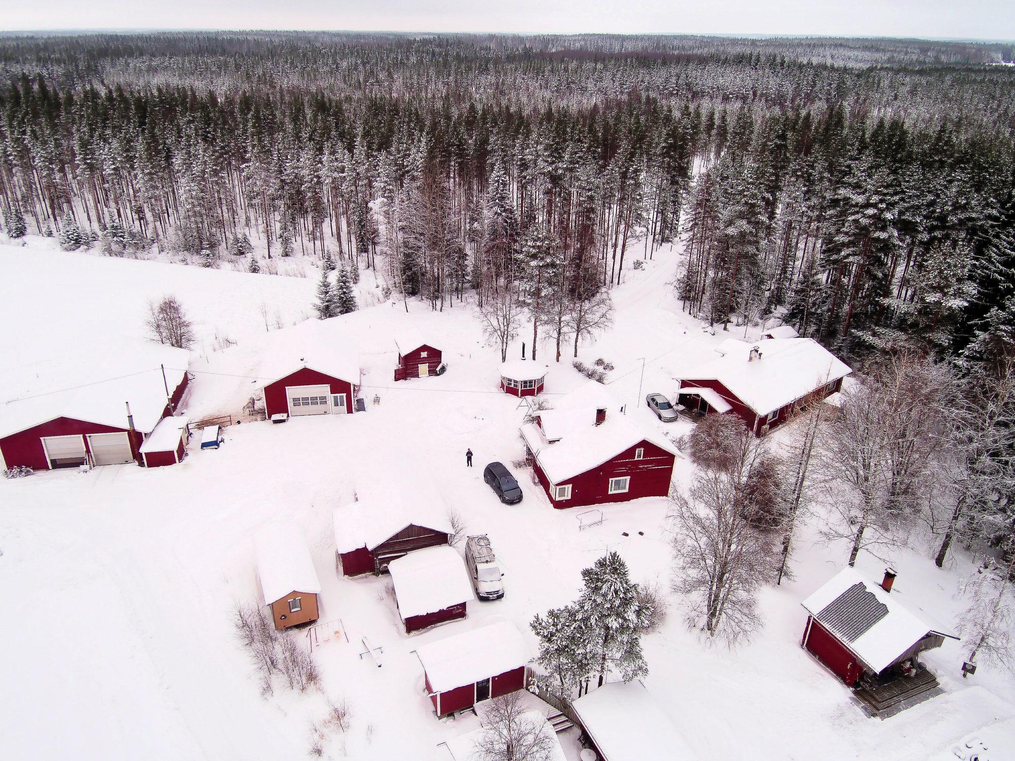 Vuokraa kaikki maatilan pihapiirin majoitustilat (18 hlöä)