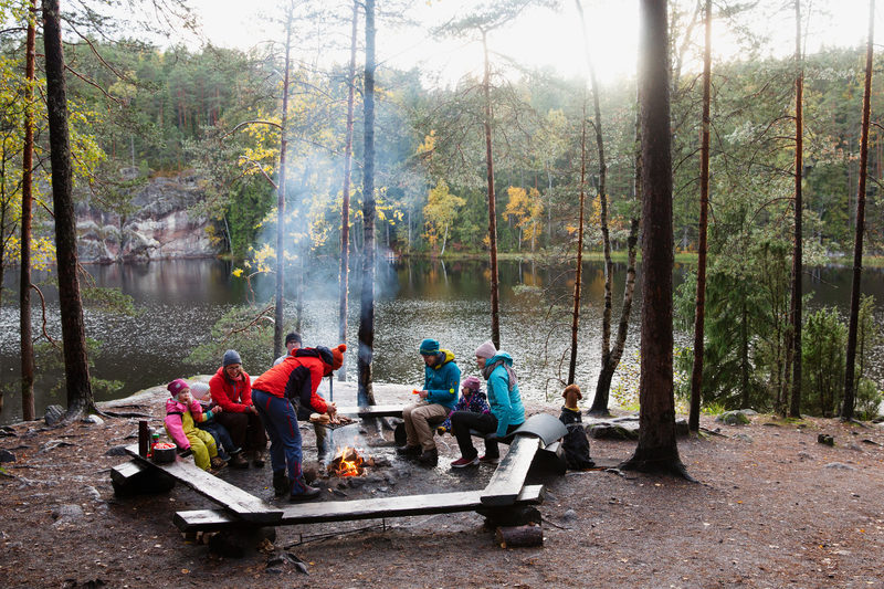 Campfire sites and cooking shelters in Nuuksio