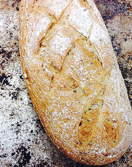 3-viljan leipä viipaloitu tai kokonainen 600 g