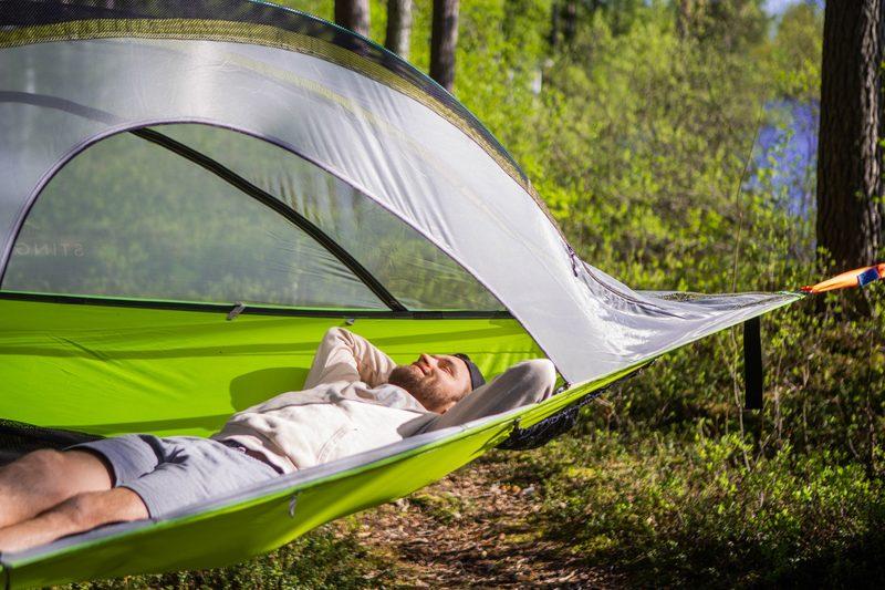 Nukkuminen - Tentsille puumajoiteeseen mahtuu nukkumaan max 3 henkilöä
