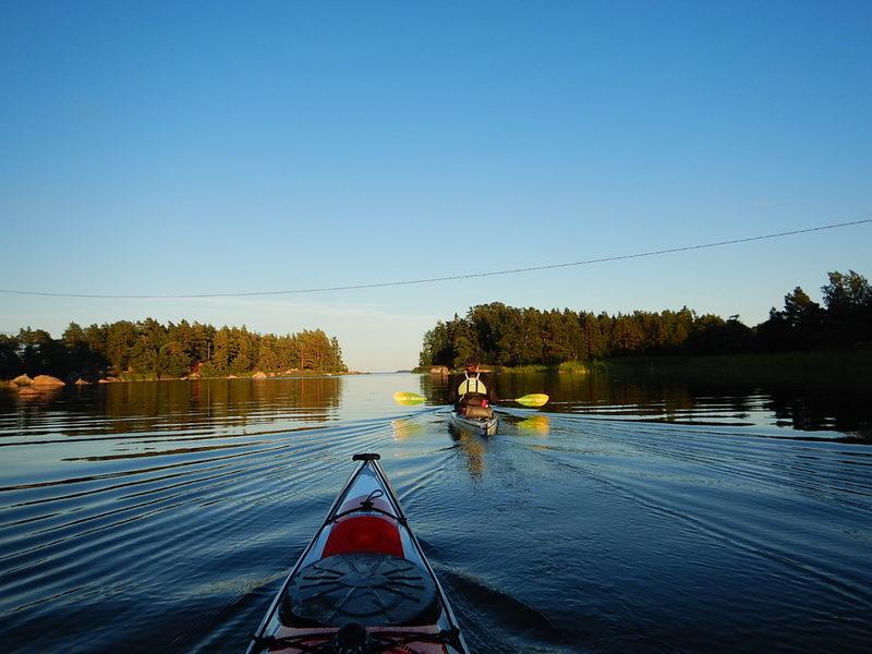 Perjantaimelonta Sarfvikissa (JVdeal vesiurheiluvuokraamo)