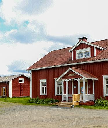 Loma- ja kurssikeskus Törmälä, portti kansallispuistoon