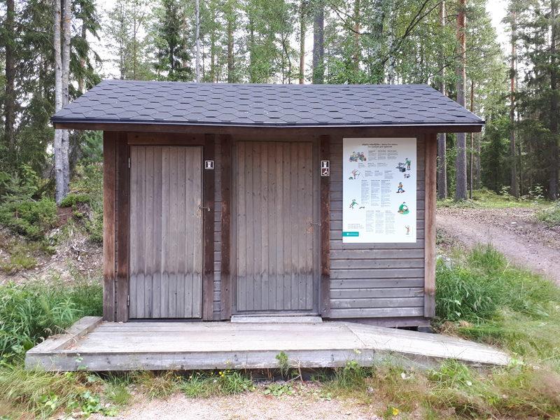 Esteetön käymälä - Alueella on esteetön käymälä.