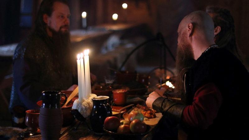 Päivällinen viikinkien tapaan