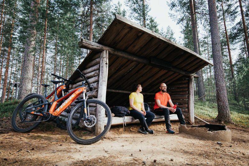 XL-koon sähkömaastopyörän vuokraus Suonenjoella