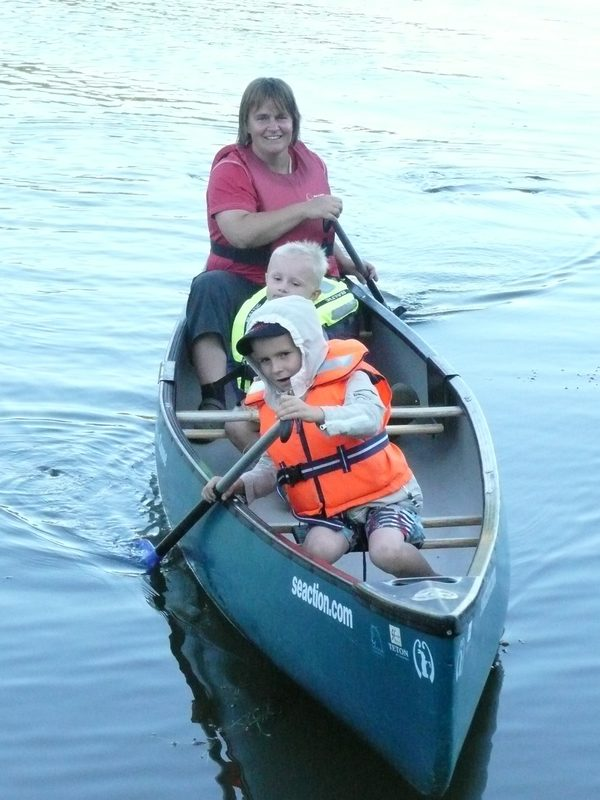 River paddling for the whole family - by canoe