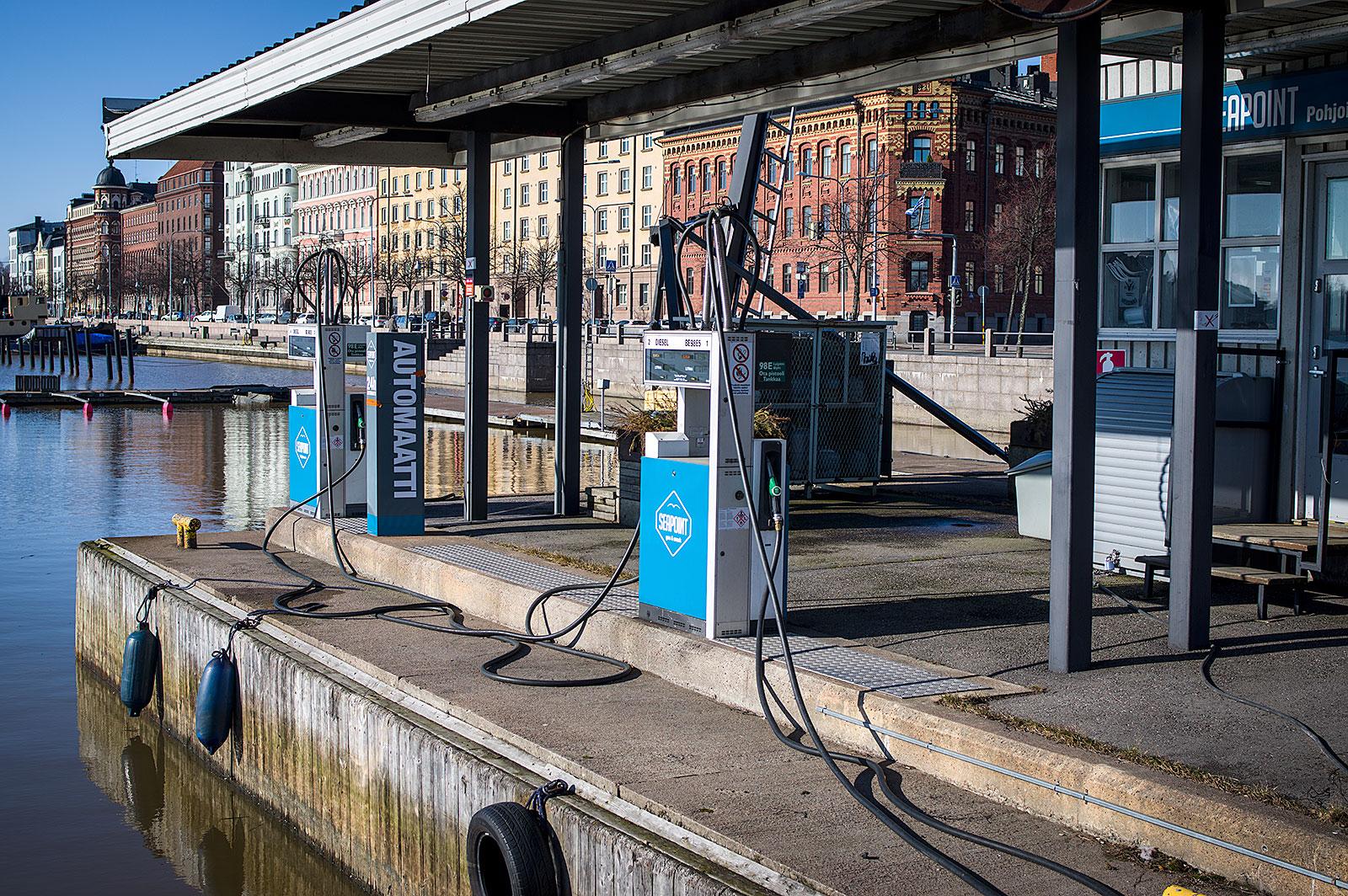 Polttoaine automaatit Seapoint Pohjoisrannan veneasemalla