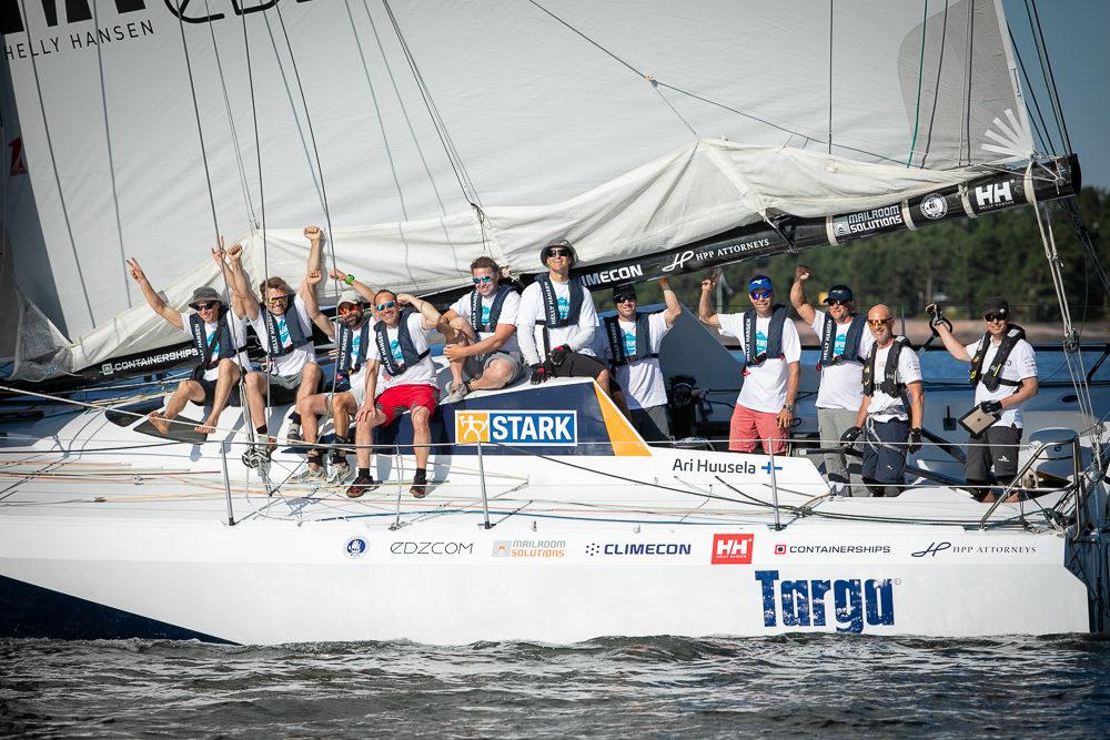 Osallistu arvontaa ja voita liput Uivaan venenäyttelyyn sekä tutustuminen Ari Huuselan Imoca-veneeseen