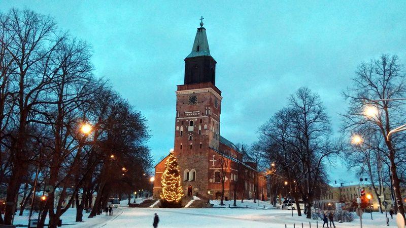 Joulukävely kaupungissa Turku 25. ja 26.12. klo 13
