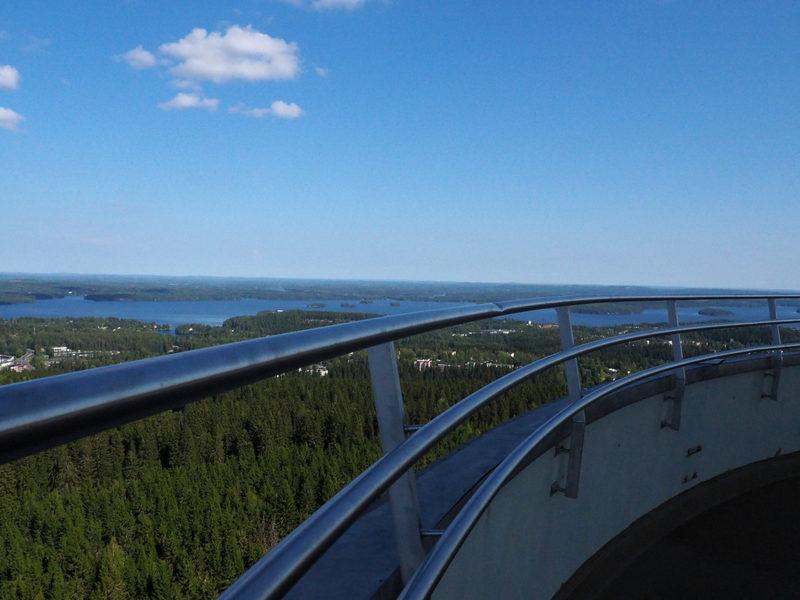 Kuopio Puijon näkötornista - Näkymä Puijon näkötornista kohti Kuopion kaupunkia Kallaveden rannalla.