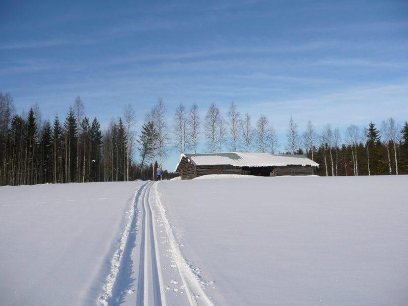 Vaihtelevaa maastoa - Kuvankauniita maisemia, joissa etenet omaa vauhtiasi