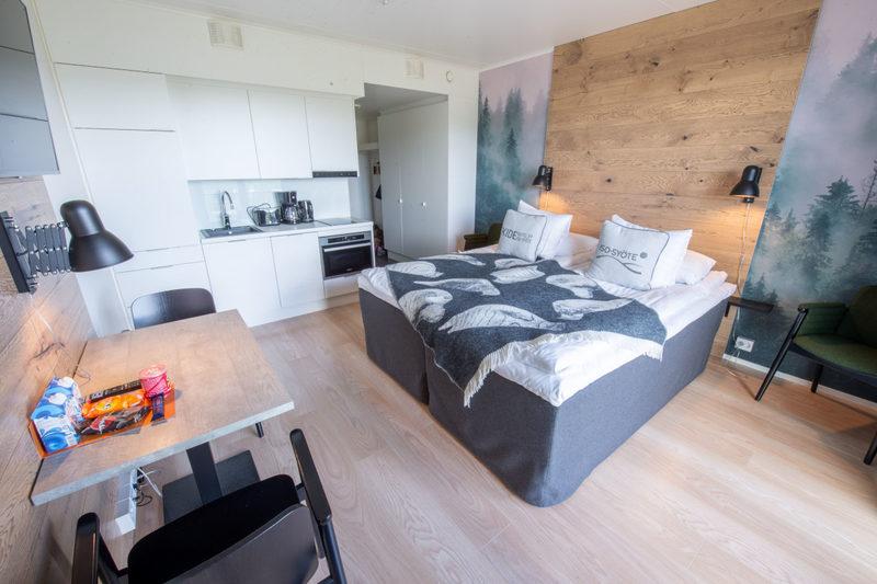 Yhdistelvät huoneet - Kaksi huonetta voi yhdistää perhehuoneistoksi, joissa voi olla yhteensä jopa 6 vuodetta.