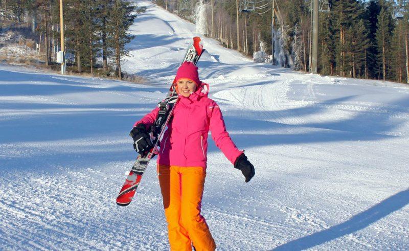 Perheen hiihtoloma keskellä Suomea, 7 vrk