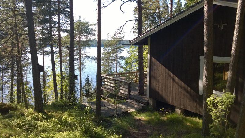 Männikkö - mökki neljälle Lohjanjärven rannalla