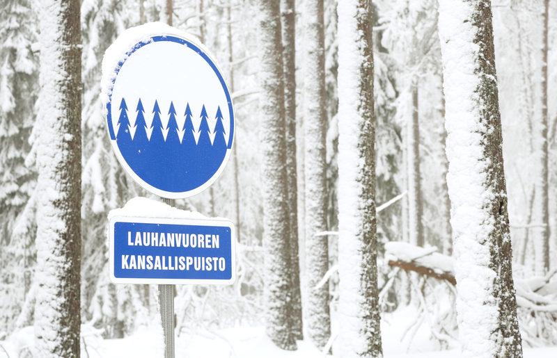 Taikapolku retki talvisessa Lauhanvuoren kansallispuistossa - Lauhanvuoren kansallispuiston talveen on mukava tutustua esimerkiksi lumikenkäretkellä.