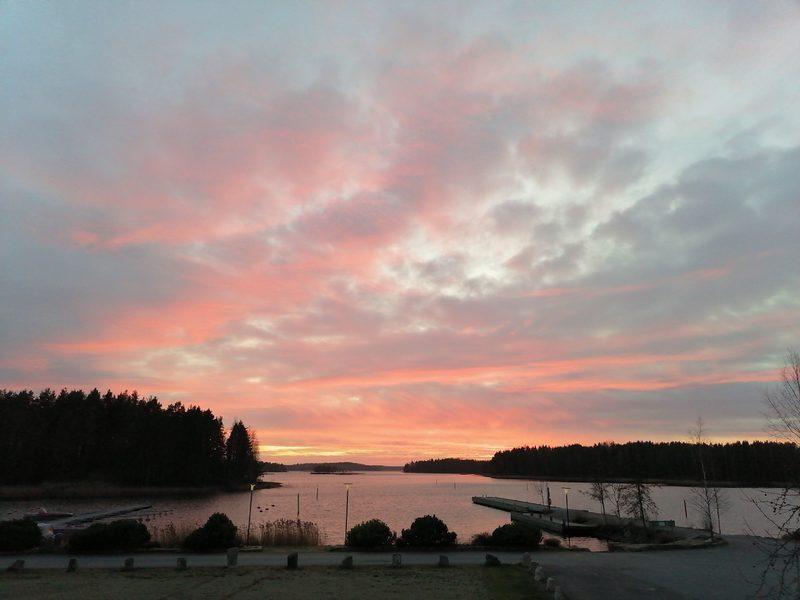 Taipalsaaren kirkonrannan uimaranta ja vierasvenelaituri