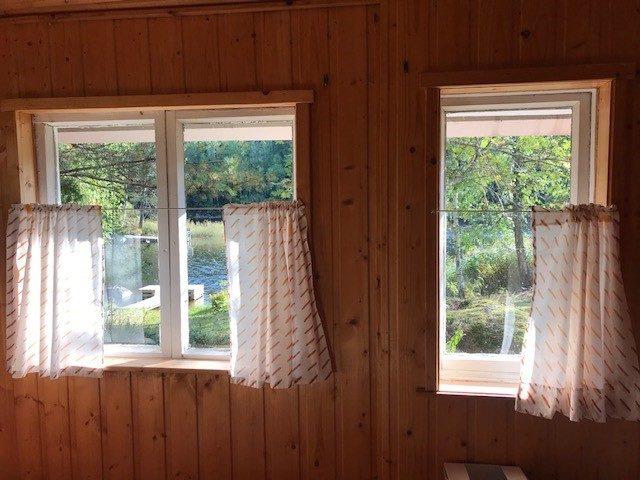 Tilava saunan pukuhuone
