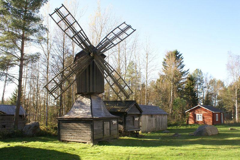 Löydä merentuoksuisen Lohtajan kirkonkylän kauneus 31,2 km