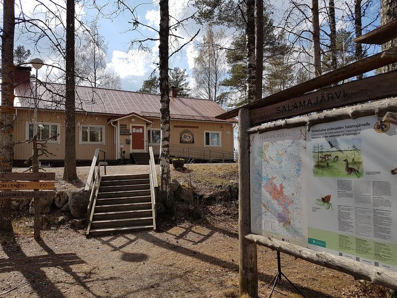 Koirasalmen Luontotupa, Salamajärven kansallispuisto