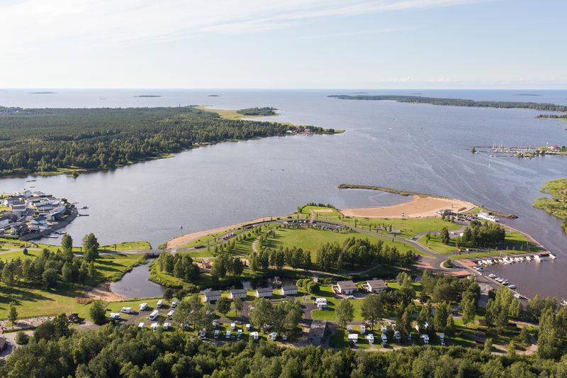 Lomakylä meren rannalla, Kokkola-Camping